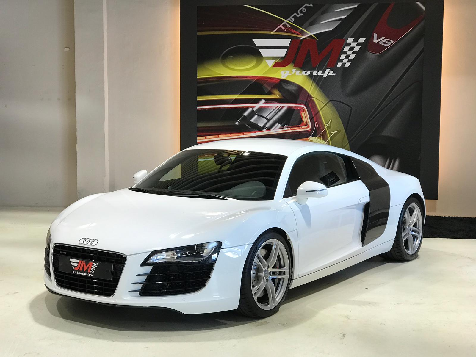 AUDI R8 4.2 FSI R TRONIC -IMPECABLE ESTADO-