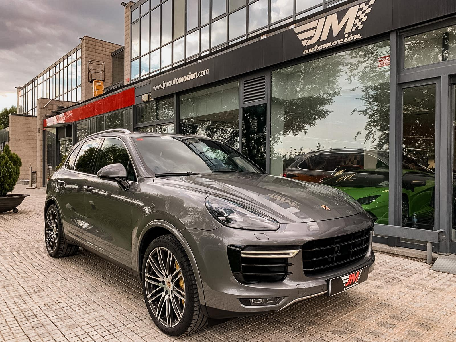 PORSCHE CAYENNE TURBO S --NACIONAL, FULL OPTIONS--