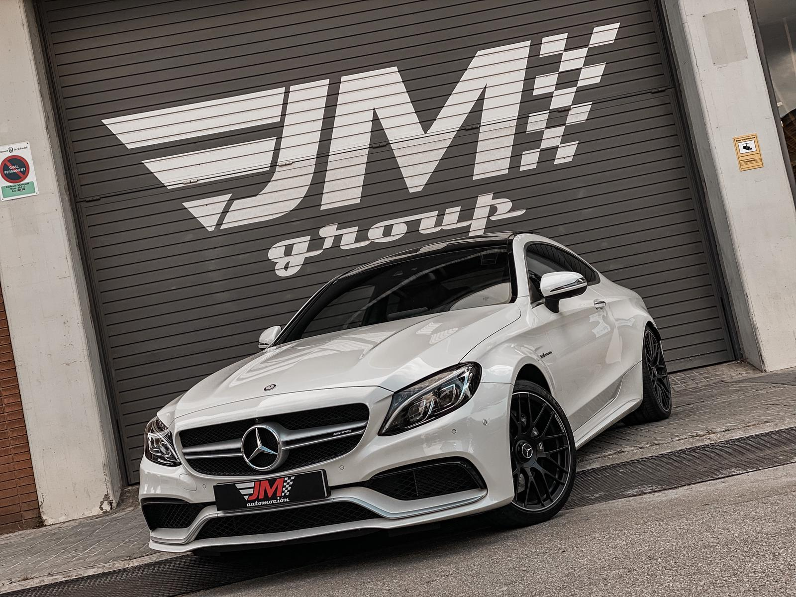 MERCEDES-BENZ C63 AMG COUPE -NACIONAL, IMECABLE ESTADO-