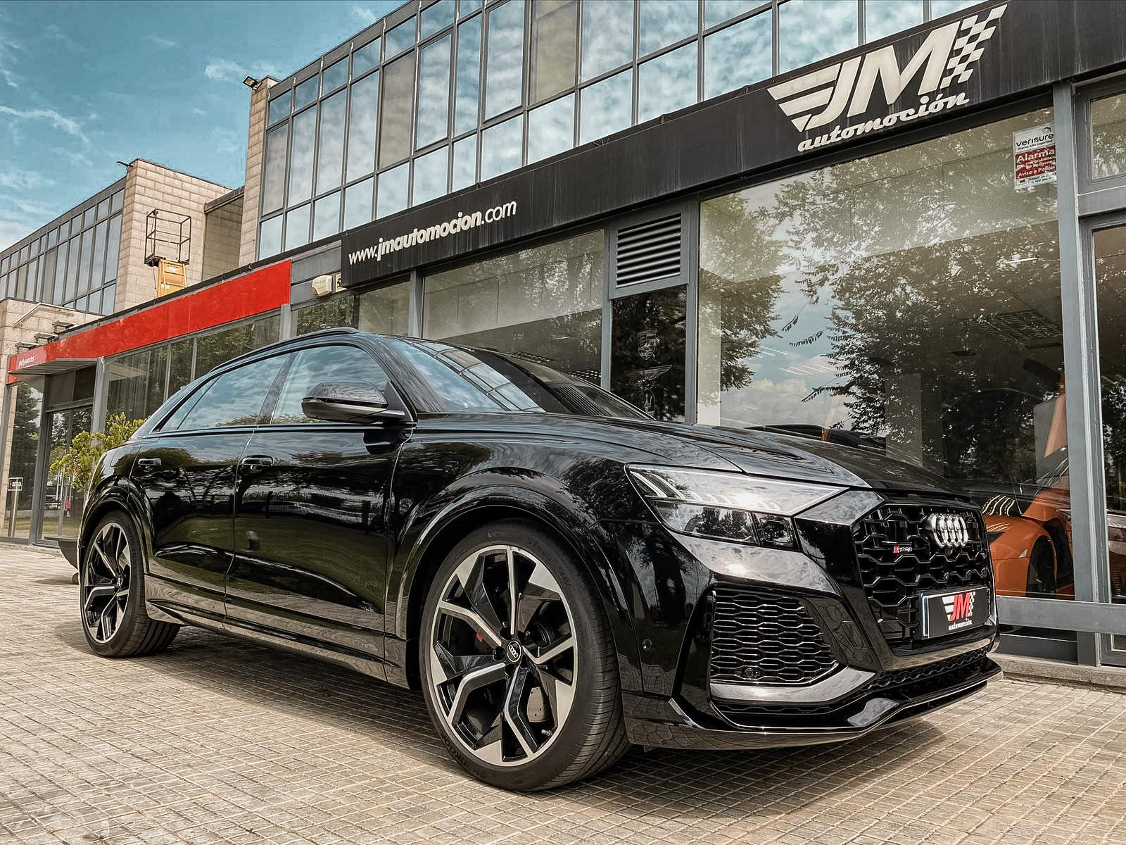 AUDI RSQ8 TFSI QUATTRO --FULL OPTIONS, IVA DEDUCIBLE--